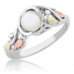 Genuine Pearl Ladies' Ring - By Mt Rushmore