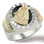 Howling Wolf Men's Ring - by Landstrom's