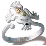 Frog Toe Ring - by Landstrom's